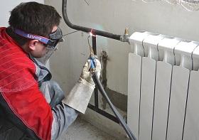 Замена батарей отопления в квартире в Москве