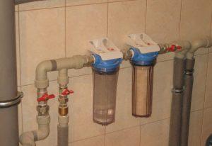 Установка проточного фильтра для воды в Москве