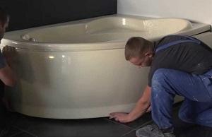 Установка угловой акриловой ванны в Москве